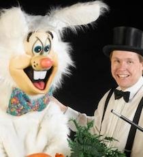 Den Store Tryllekunstner & hans håbløse kanin.